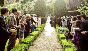Wymarzone wesele to niekoniecznie biały obrus