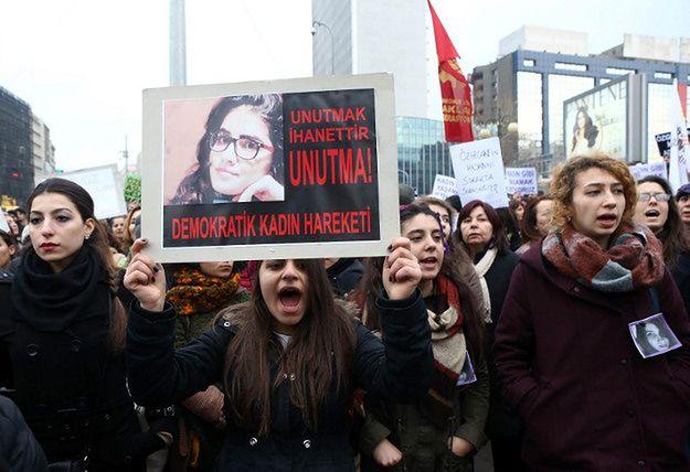 Marsz w Ankarze po śmierci Özgecan Aslan; 14 luty