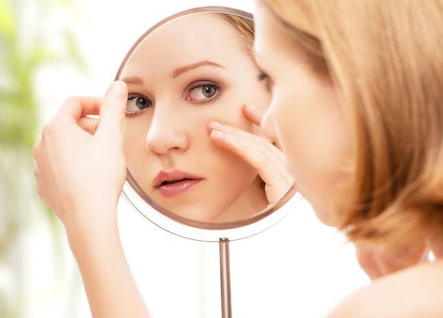 Zadbana skóra pod oczami to gwarancja zdrowego wyglądu