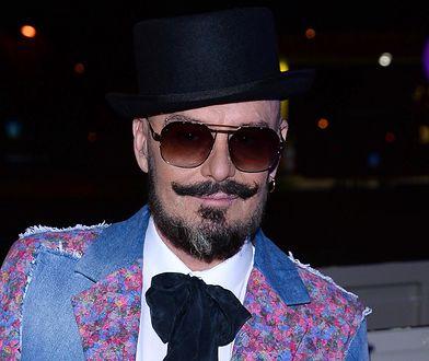 """Tomasz Jacyków o modzie męskiej. Mówi krótko: """"To totalna siara"""""""