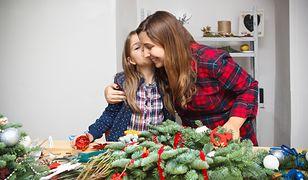 Moda na handmade nie omija świąt. Ozdoby, które zrobisz z dzieckiem w domu