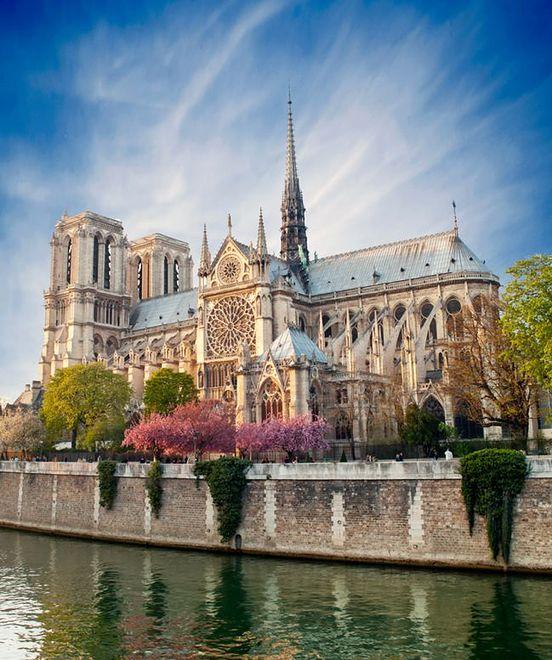Atrakcje Paryża - Notre Dame