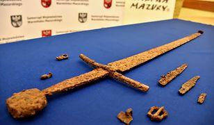 Wyjątkowe odkrycie pod Olsztynem. Znaleziono nagi miecz grunwaldzki