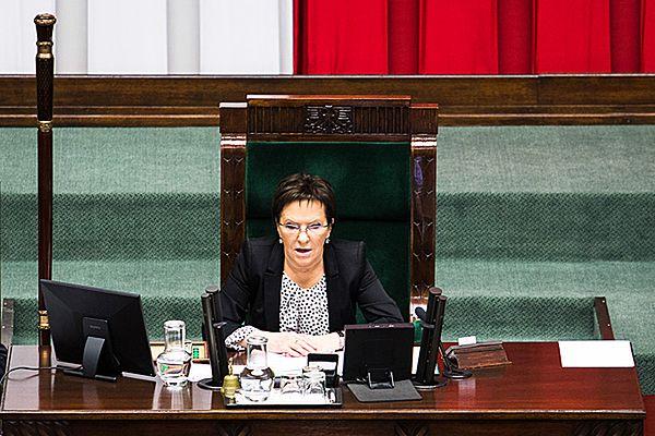 """Ewa Kopacz: opozycję dotknął """"cud niepamięci"""""""