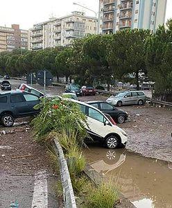 """Włochy. Gigantyczna ulewa w Palermo. To była """"bomba wodna"""""""