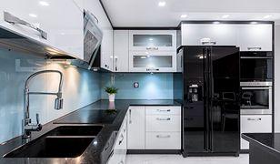 Odpowiednie fronty do mebli kuchennych dodadzą wnętrzu przytulnego charakteru, a zarazem rysu nowoczesności