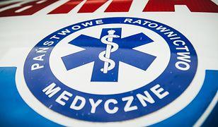 Poważny wypadek na obwodnicy Ostrowa Wielkopolskiego. Pracownik drogowy spadł z wiaduktu