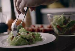 Sałatka włoska z mozzarellą. Lekko i smacznie