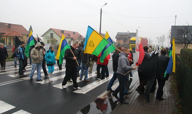 Samorządowcy buntują się przeciwko Nowakowi