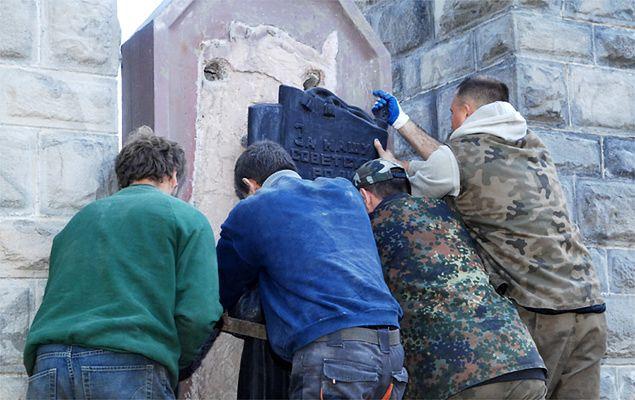 Rosja zgadza się na ekshumację żołnierzy Armii Czerwonej pochowanych w Polsce