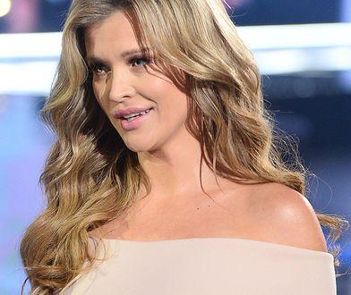 """Joanna Krupa w sesji dla """"Wprost"""". Nie jest jednak pierwszą Polką, która pozuje w ciąży"""