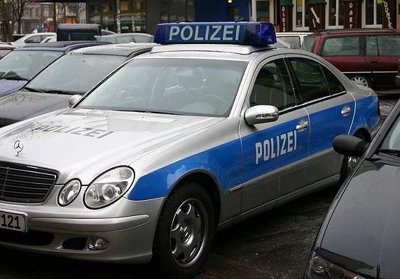 Kradł samochody i prawie zabił policjanta. Proces Polaka w Berlinie