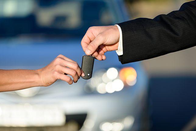 Za 80 zł można kupić sprzęt, który pomoże dostać się do nowych samochodów