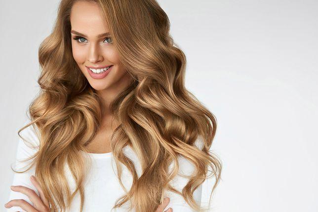 Włosy farbowane wymagają odpowiedniej pielęgnacji