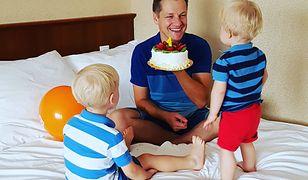 Marcin Mroczek z synami