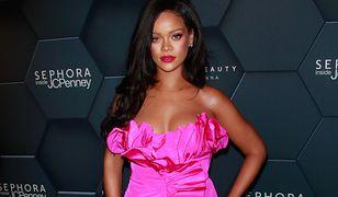 Rihanna promuje swoją linię bielizny
