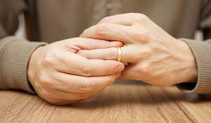 Nie zawsze żona przejmuje nazwisko męża. W tych sytuacjach jest na odwrót.