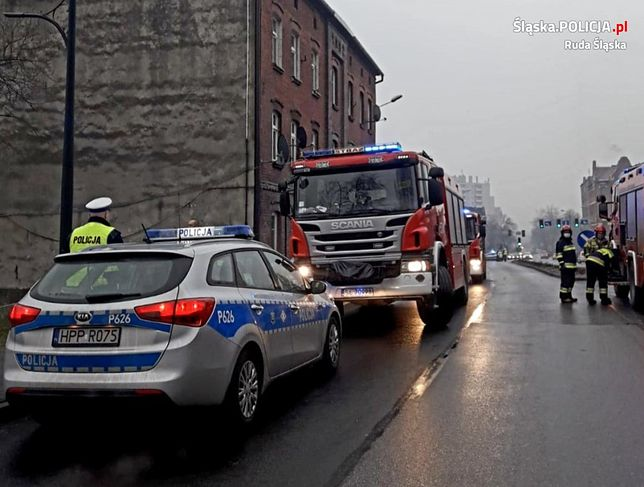 W Rudzie Sląskiej płonęła kamienica.