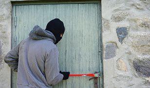 Znalazłeś taki znak przed mieszkaniem? Możesz paść ofiarą kradzieży
