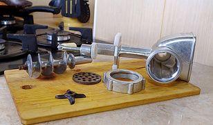 Sentymentalny wtorek: maszynka do mielenia – pomocnik każdej pani domu