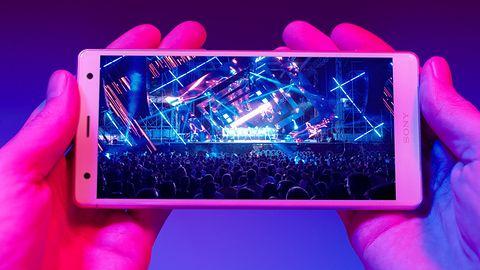 Nowe smartfony Sony: Xperia XZ2 i XZ2 Compact – najmniejszy z ekranem HDR