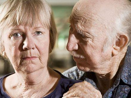 """""""Jestem matką swojego rodzica"""" – życie z osobą chorą na Alzheimera"""