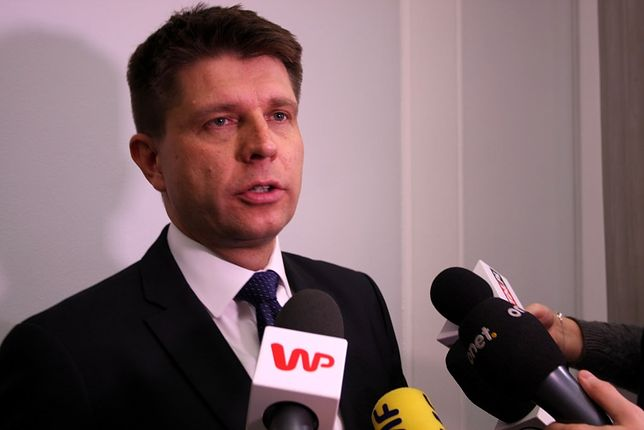 """Jarosław Kaczyński żąda przeprosin od Ryszarda Petru za """"oszusta"""". Jest reakcja lidera Teraz!"""