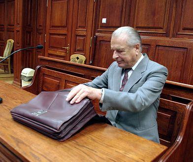 Czesław Kiszczak zgromadził setki dokumentów
