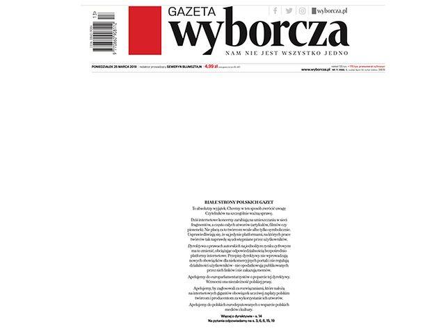 Puste pierwsze strony gazet. To poparcie dyrektywy o prawie autorskim