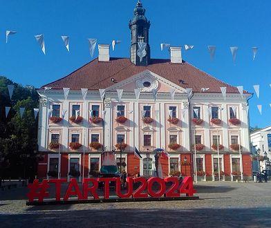 Ratusz w mieście Tartu