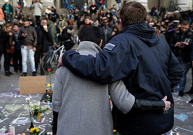"""Belgowie wstrząśnięci. """"Nasz kraj jest w żałobie"""""""