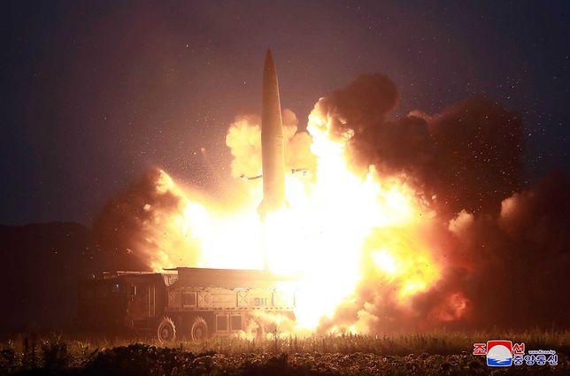 """Najnowszy test nowej północnokoreańskiej rakiety krótkiego zasięgu był """"ostrzeżeniem"""" dla USA"""