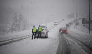 Pogoda. Śnieżyce na wschodzie Polski. Ponad 80 tys. odbiorców bez prądu