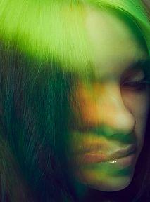 """Dokument """"Billie Eilish: Świat lekko zamglony"""" - oto Billie[Recenzja w pigułce]"""