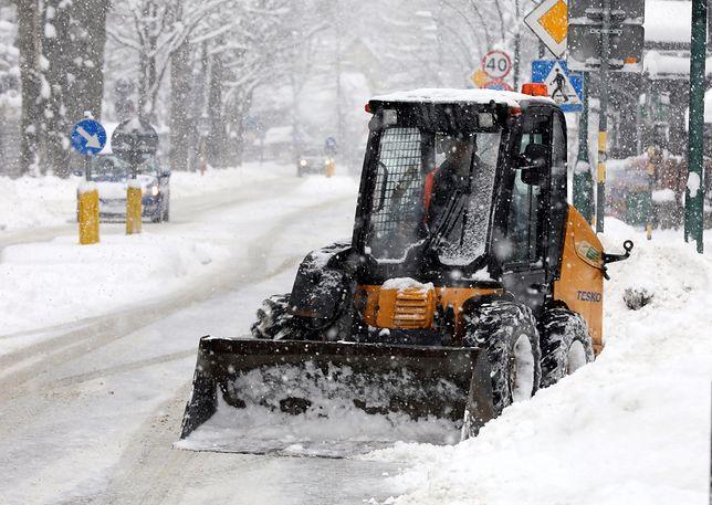 Pogoda w Zakopanem. Zdjęcie wykonane po poniedziałkowych opadach śniegu.