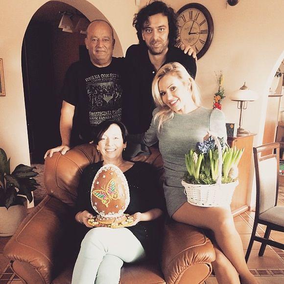 Doda, Emil Haidar z rodziną