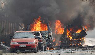 Płoną samochody należące do organizacji Save the Children