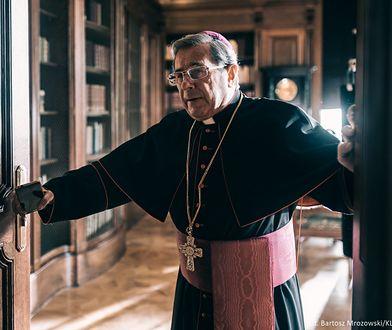 """Stowarzyszenie Dziennikarzy Katolickich apeluje o zablokowanie filmu """"Kler"""". Mocne słowa"""
