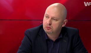 Michał Majewski jest dziennikarzem śledczym