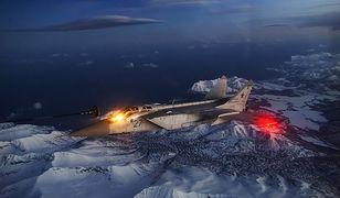 Rosjanie ćwiczą obronę arktycznej części kraju