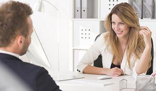 Romanse w pracy? To kobiety inicjują je częściej