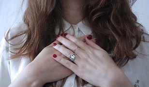Kamień w pierścionku to nie tylko ozdoba