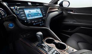 Czy wybór samochodu hybrydowego wiąże się z rzeczywistą oszczędnością? Sprawdźmy