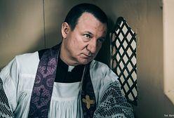 """""""600 pedofilów w sutannach chodzi codziennie między naszymi dziećmi"""". Smarzowski o """"Klerze"""" i polskim Kościele"""