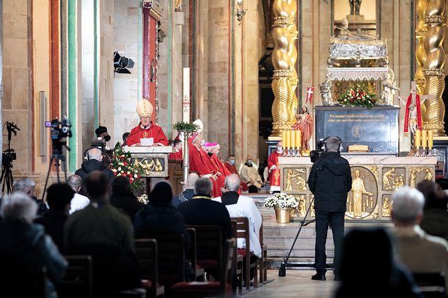 Nowe obostrzenia na maj 2021. Zapadła decyzja ws. kościołów (zdjęcie ilustracyjne)