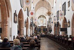 Koronawirus na mszy w Milanówku. Sanepid szuka uczestników