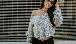 Ciepły sweter możemy wykorzystać do wielu seksownych stylizacji
