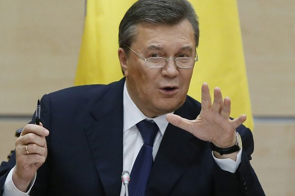 Konferencja prasowa byłego prezydenta Ukrainy Wiktora Janukowycza