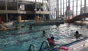 Polacy ruszyli na baseny. Atrakcji nawet więcej, niż dopuszczają przepisy?