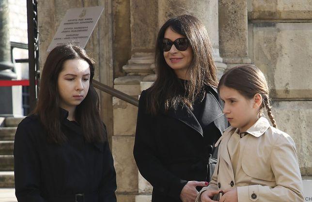 Marta zabrała swoje córki na 8 Obchody Tragedii Smoleńskiej